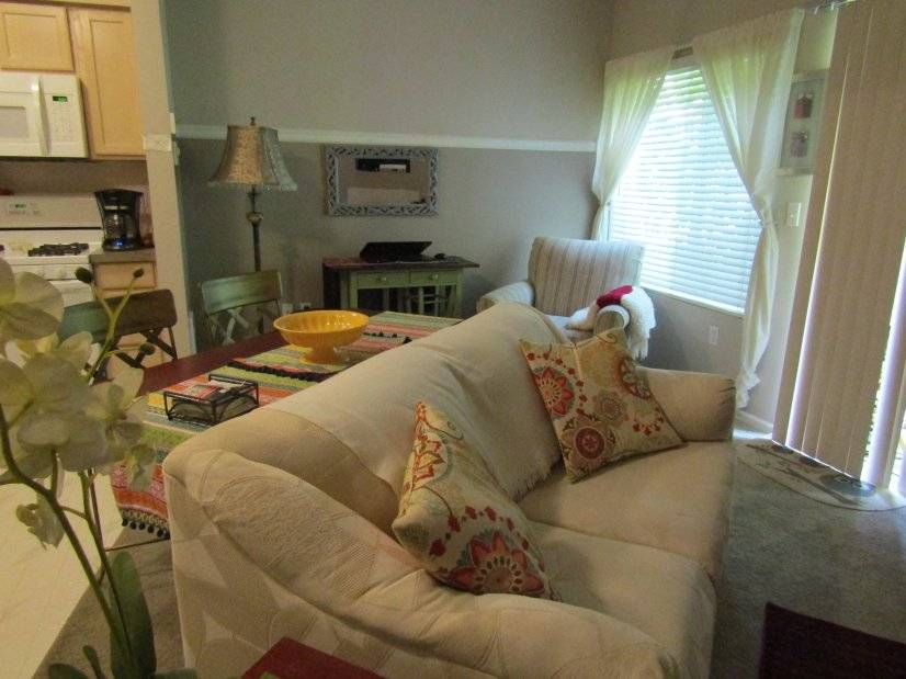 image 2 furnished 1 bedroom Townhouse for rent in Auburn, Seattle Area