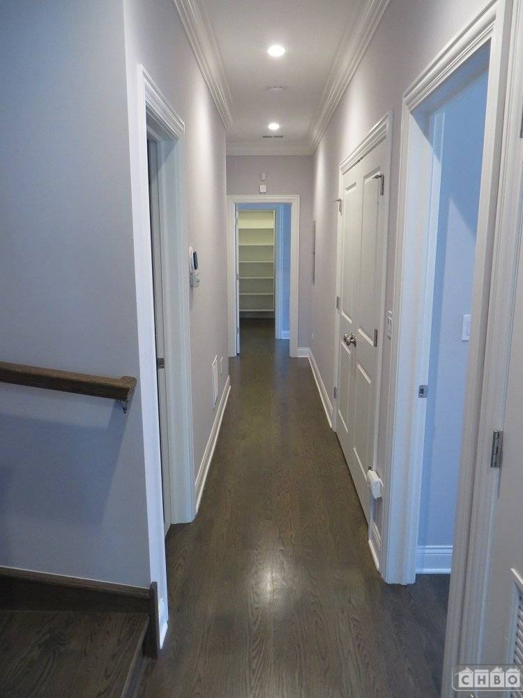 image 6 furnished 2 bedroom Townhouse for rent in Lincoln Park, North Side