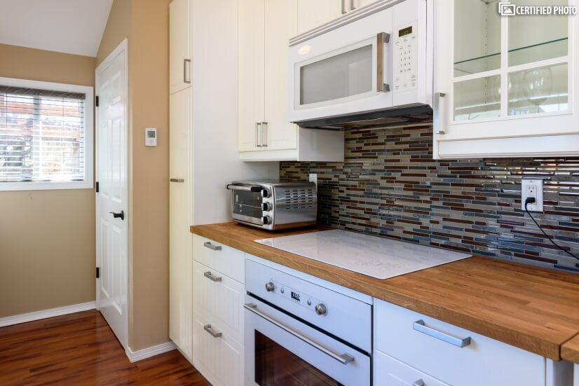 image 8 furnished 1 bedroom House for rent in Edmonds, Seattle Area