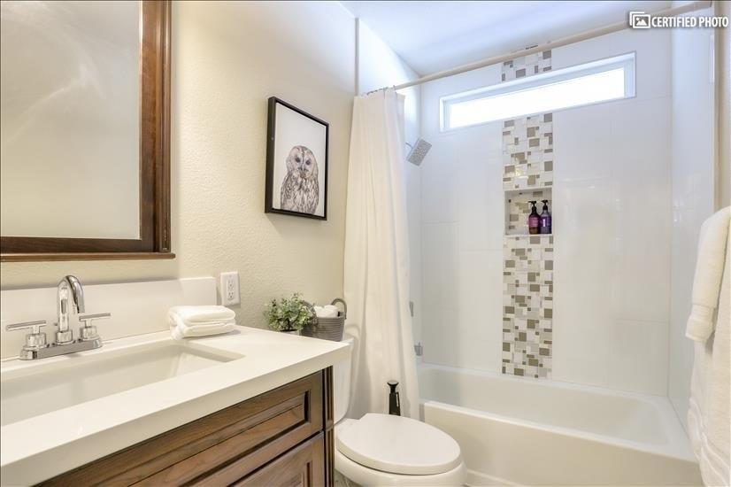 Tub / Shower