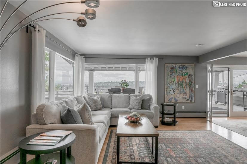 image 3 furnished 4 bedroom Apartment for rent in Queen Anne, Seattle Area
