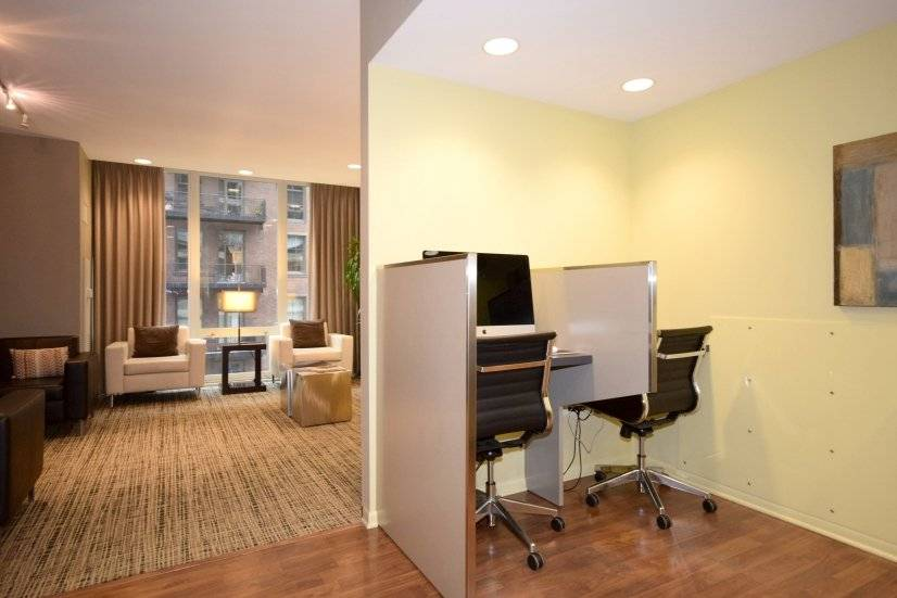 Business Center: Call to Book 888.761.RENT or 312.242.1625