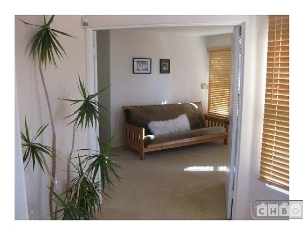 image 9 furnished 2 bedroom Townhouse for rent in Park West, Central San Diego
