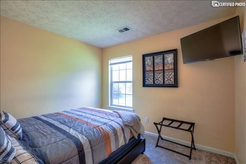 Guest Bedroom #1B