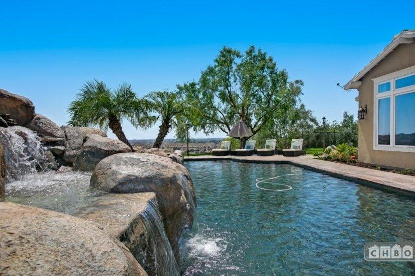 image 5 furnished 6 bedroom House for rent in Rancho Bernardo, Northeastern San Diego