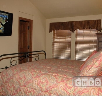 Master Bedroom W/Flat Screen
