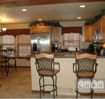 Kitchen/Pub Dining Fully furnished corporate housing CS