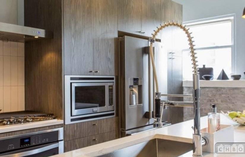 image 7 furnished 3 bedroom Loft for rent in Lincoln Park, North Side
