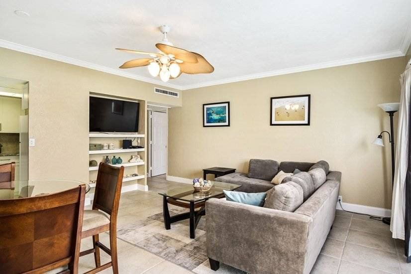 image 2 furnished 1 bedroom Townhouse for rent in Clearwater, Pinellas (St. Petersburg)