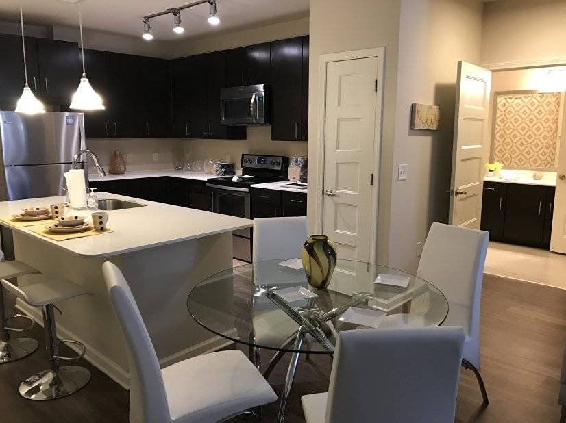image 3 furnished 2 bedroom Townhouse for rent in Sandy Springs, Fulton County