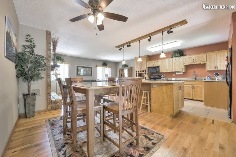 image 8 furnished 3 bedroom House for rent in Other Washington County, Twin Cities Area