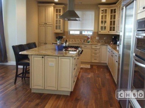 image 3 furnished 3 bedroom Townhouse for rent in Belcaro, Denver East