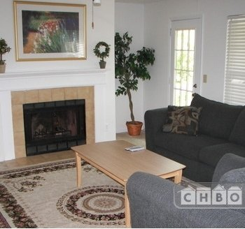 image 1 furnished 1 bedroom Townhouse for rent in Roswell, Fulton County