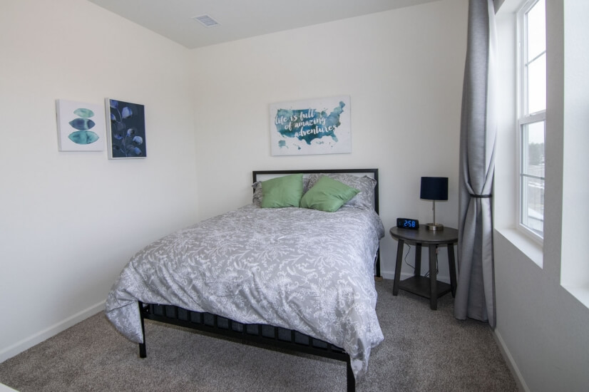 Second Bedroom - Full Size Bed