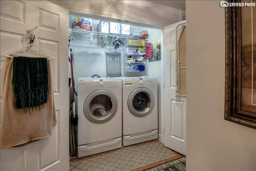 Full Size Washer / Dryer with doors for hidea