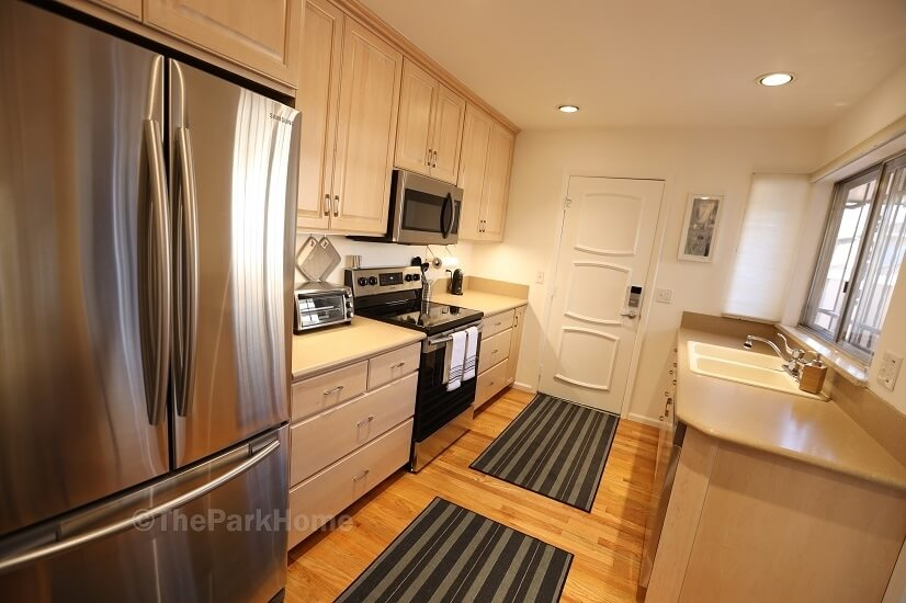 Spacious, modern, fully equipped kitchen.  Ga