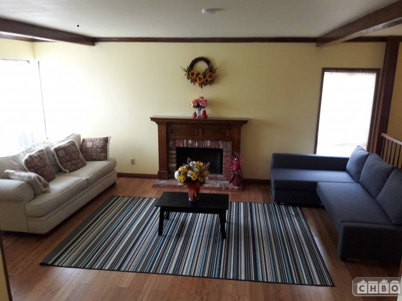 image 3 furnished 4 bedroom House for rent in Canoga Park, San Fernando Valley