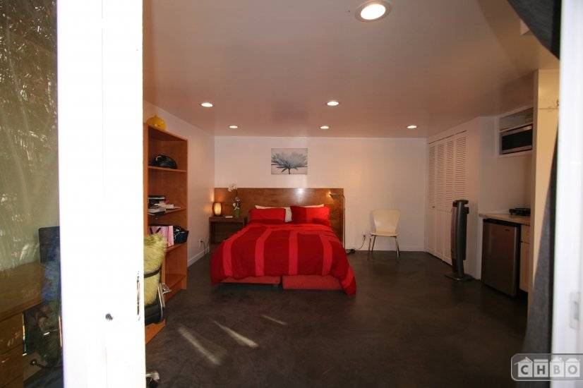 image 7 furnished Studio bedroom Hotel or B&B for rent in Oakland Suburbs East, Alameda County