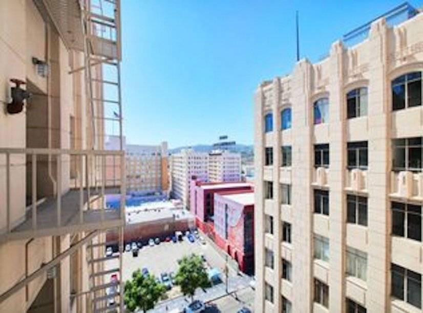 image 14 furnished 1 bedroom Townhouse for rent in Hollywood, Metro Los Angeles