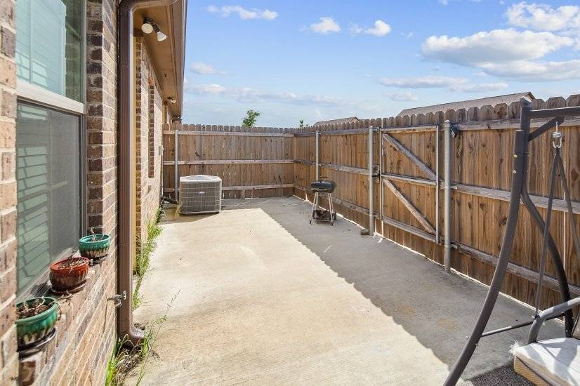 image 18 furnished 4 bedroom Townhouse for rent in College Station, North Central TX