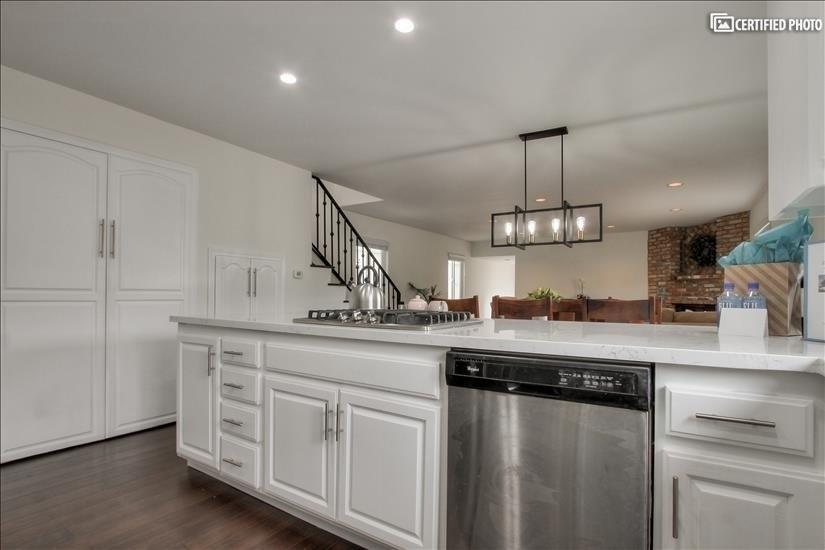 image 9 furnished 3 bedroom House for rent in El Segundo, South Bay