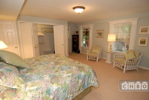 image 4 furnished 1 bedroom House for rent in Fairfax, DC Metro