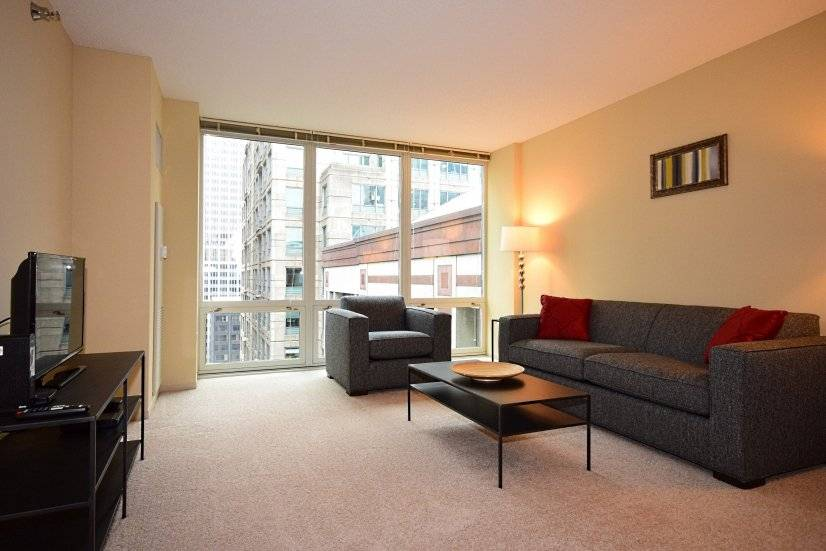 Cozy Rooms: Call to Book 888.761.RENT or 312.242.1625