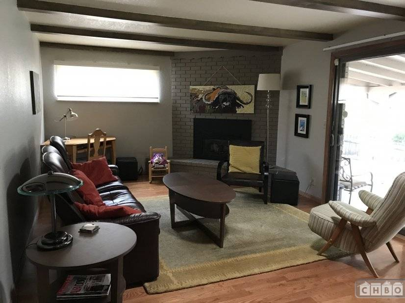 image 3 furnished 4 bedroom House for rent in Littleton, Arapahoe County