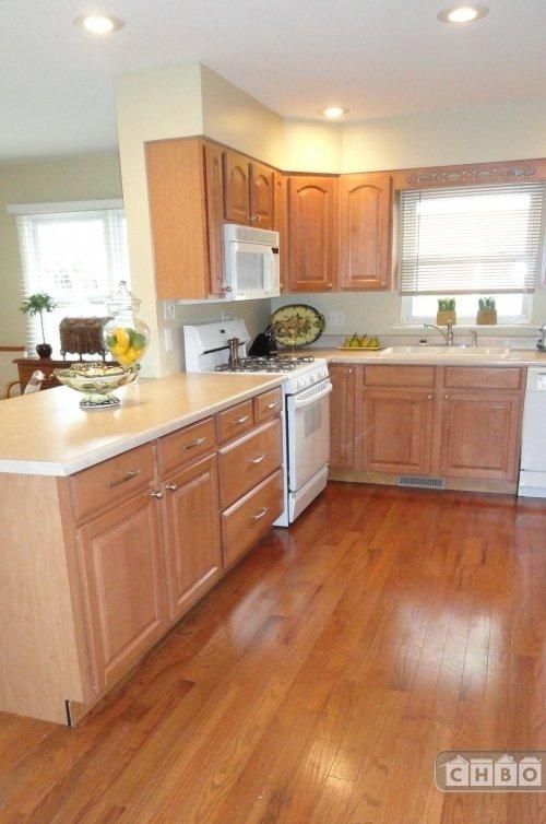 image 5 furnished 4 bedroom House for rent in Munster, Northwest Indiana