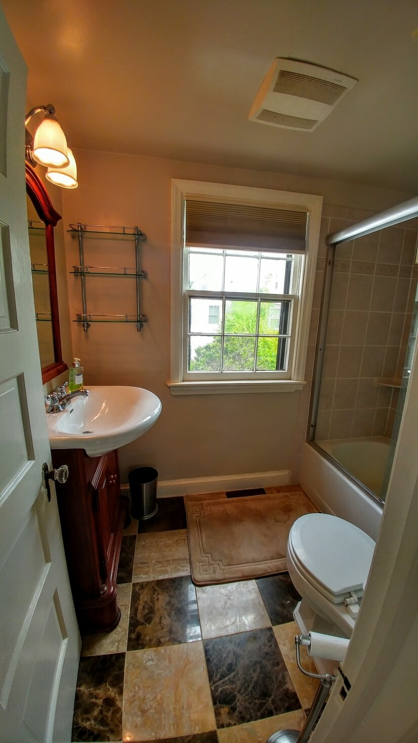 image 13 furnished 1 bedroom Townhouse for rent in Capitol Hill, DC Metro