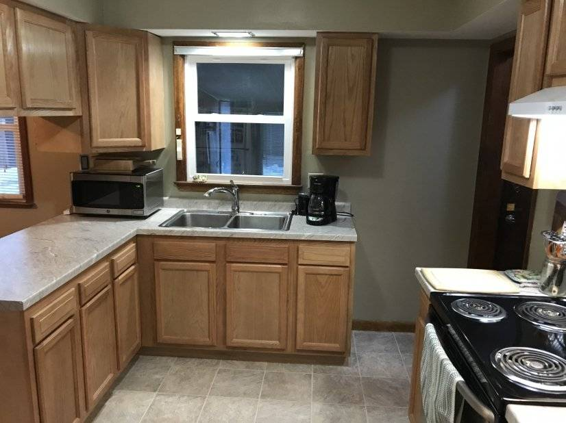 image 4 furnished 3 bedroom House for rent in Rockford, Winnebago County