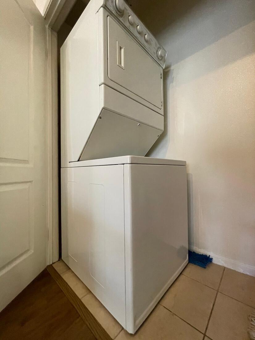 Wash/dryer in-unit