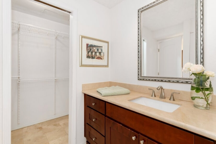 image 16 furnished 2 bedroom Townhouse for rent in Bellevue, Seattle Area