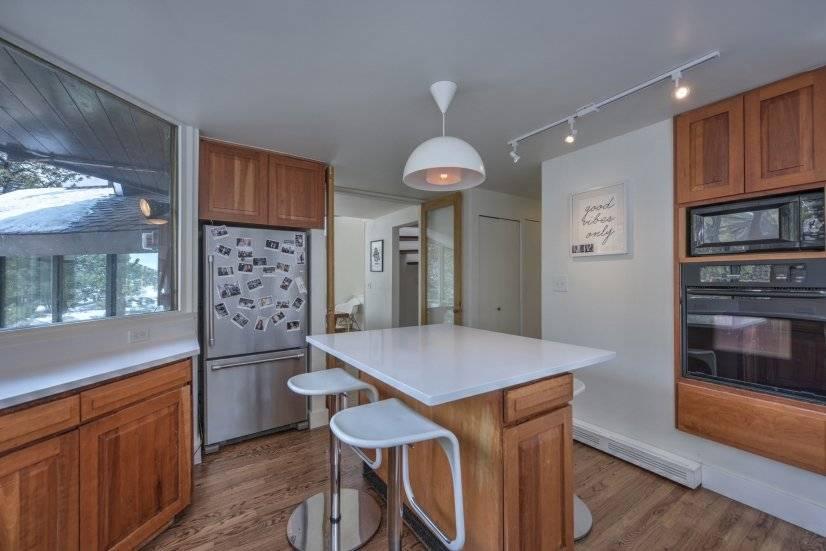 image 18 furnished 3 bedroom House for rent in Seven Hills, Aurora