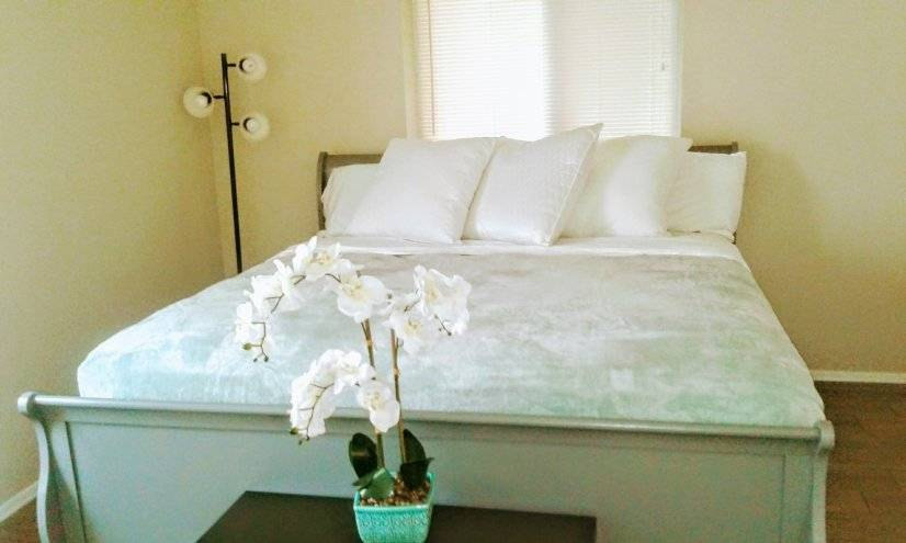 image 4 furnished 2 bedroom Apartment for rent in Paradise Valley, Phoenix Area