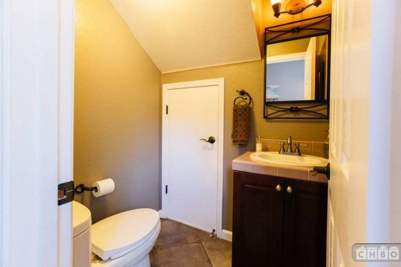image 8 furnished 4 bedroom House for rent in Benicia, Solano County