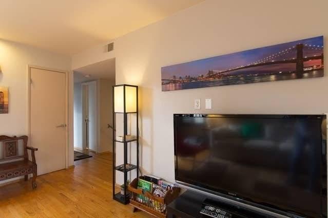 image 3 furnished 3 bedroom House for rent in Morena, Western San Diego