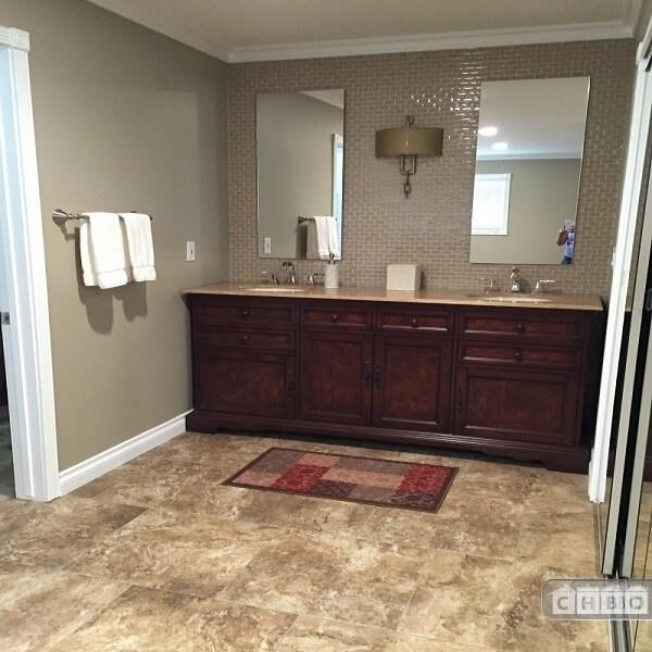 image 18 furnished 4 bedroom House for rent in Redlands, Southeast California