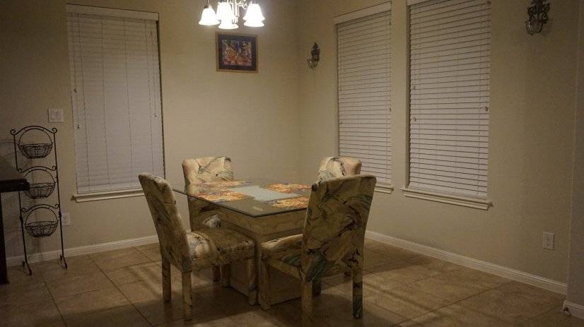 Contemporary Dinning table and chairs
