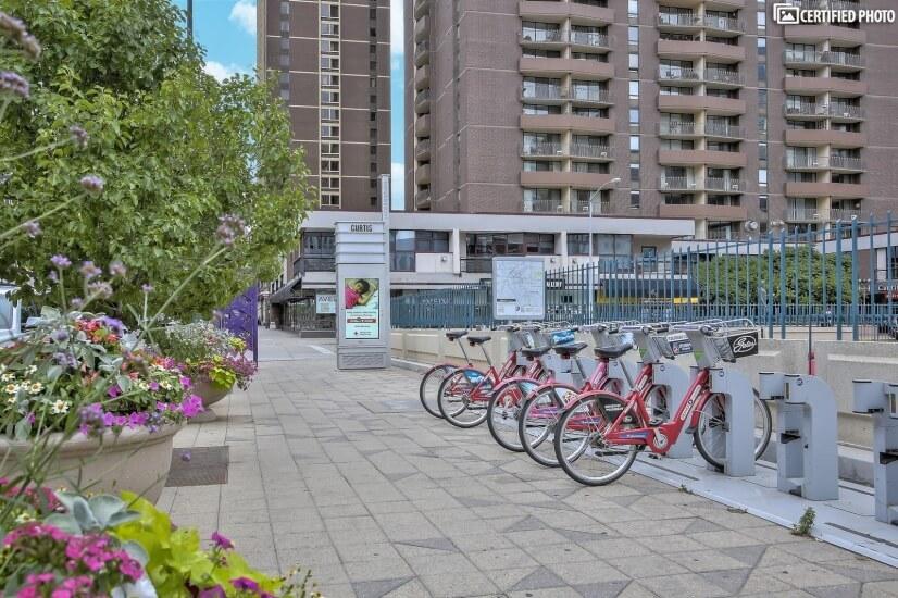 red bike rentals