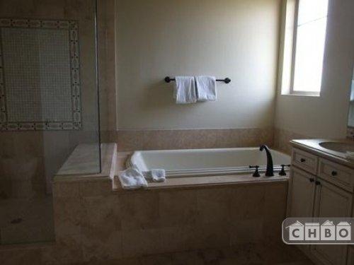 image 6 furnished 3 bedroom Townhouse for rent in Belcaro, Denver East
