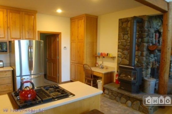 image 6 furnished 3 bedroom House for rent in Mt. Baker, Cascade Mountains