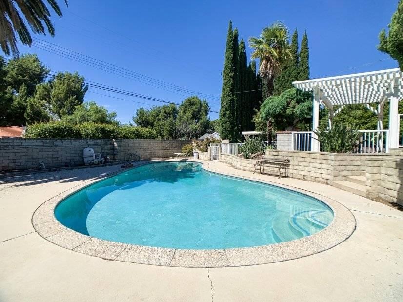 image 20 furnished 4 bedroom House for rent in Northridge, San Fernando Valley