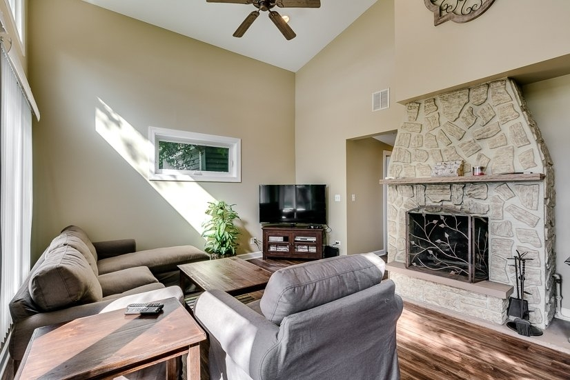 image 8 furnished 2 bedroom House for rent in Wauconda, North Suburbs
