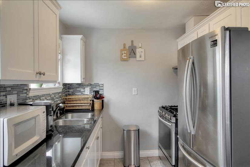 image 14 furnished 3 bedroom House for rent in Lawndale, South Bay