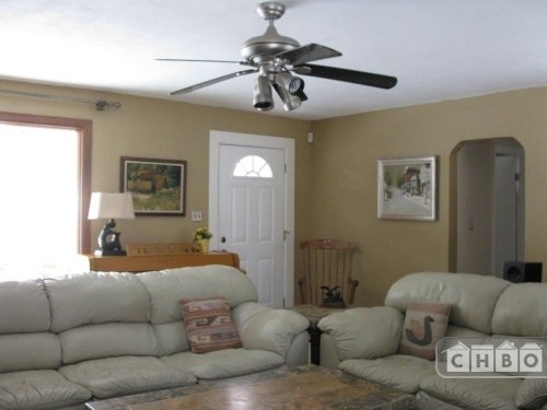 image 9 furnished 3 bedroom House for rent in Lakewood, Jefferson County