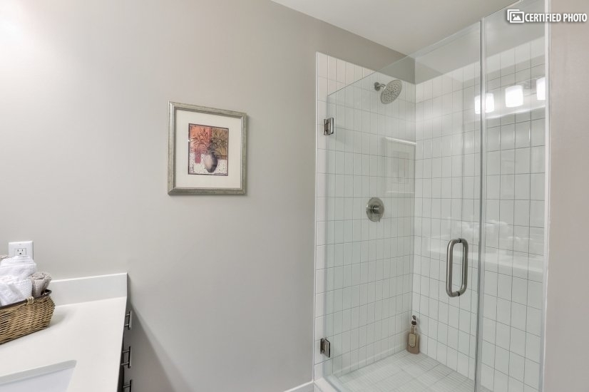 Entry Shower