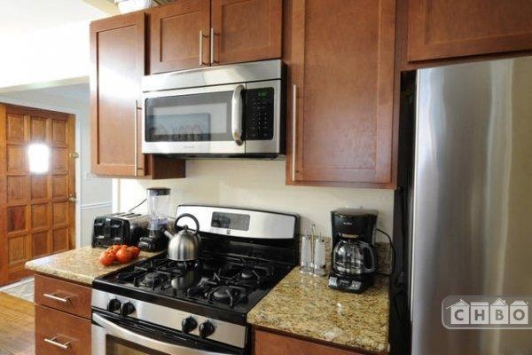 image 2 furnished 4 bedroom House for rent in Oak Park, Detroit Area