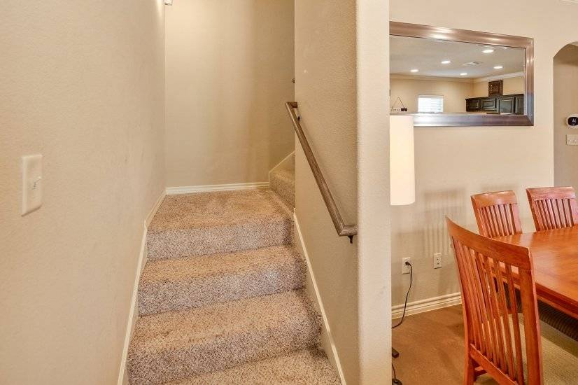 image 12 furnished 4 bedroom Townhouse for rent in College Station, North Central TX