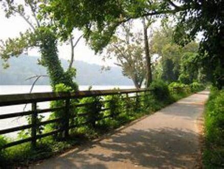 Crescent Trail